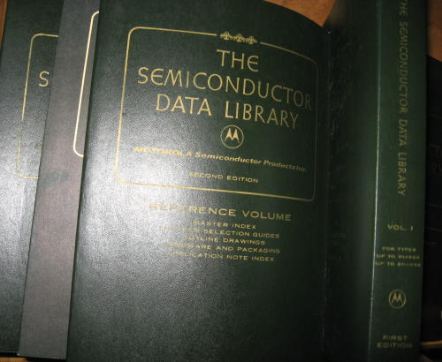 6 volumes of The Semiconductor Data Library, includes 1972 Reference Libary (first edition); large Volume II (first edition); Volume II supplement II, first edition 1973; Reference Volume, second edition; Reference Volume, third edition; large volume. Motorola.