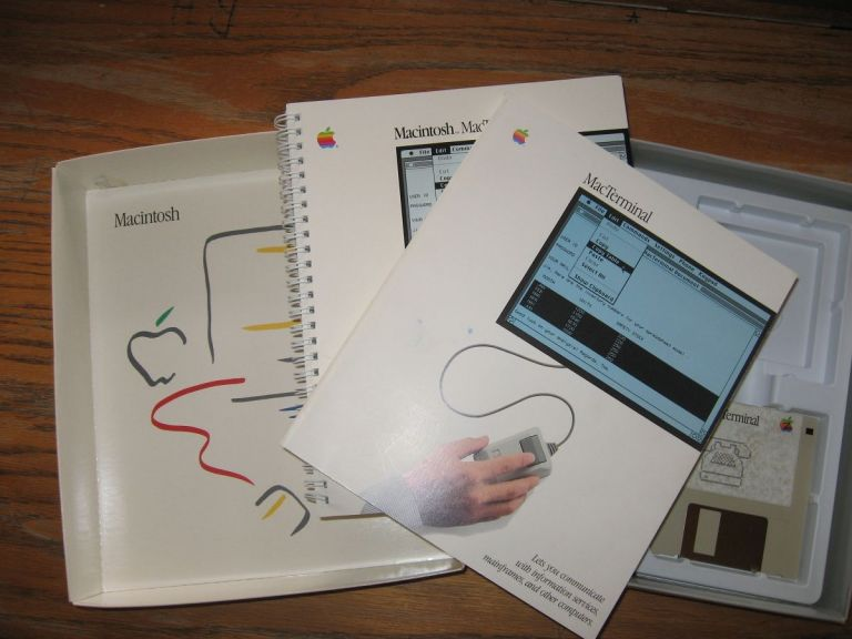 MacTerminal 1984 manuals and one diskette, in box. Lynnea Johnson, Mike Boich, Martin Haeberli.