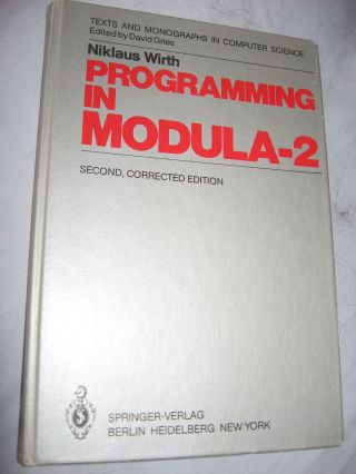 Programming in MODULA-2. Niklaus Wirth.