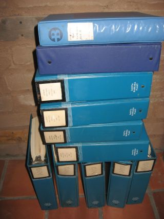 Burroughs B1700/B1800 software product specs, manuals -- 11 binders; Oversized and heavy - additional shipping charges will apply. Burroughs Corp.